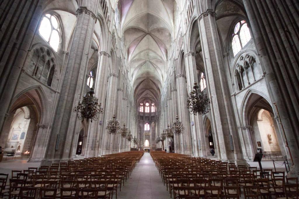 Interior de la catedral de bourges