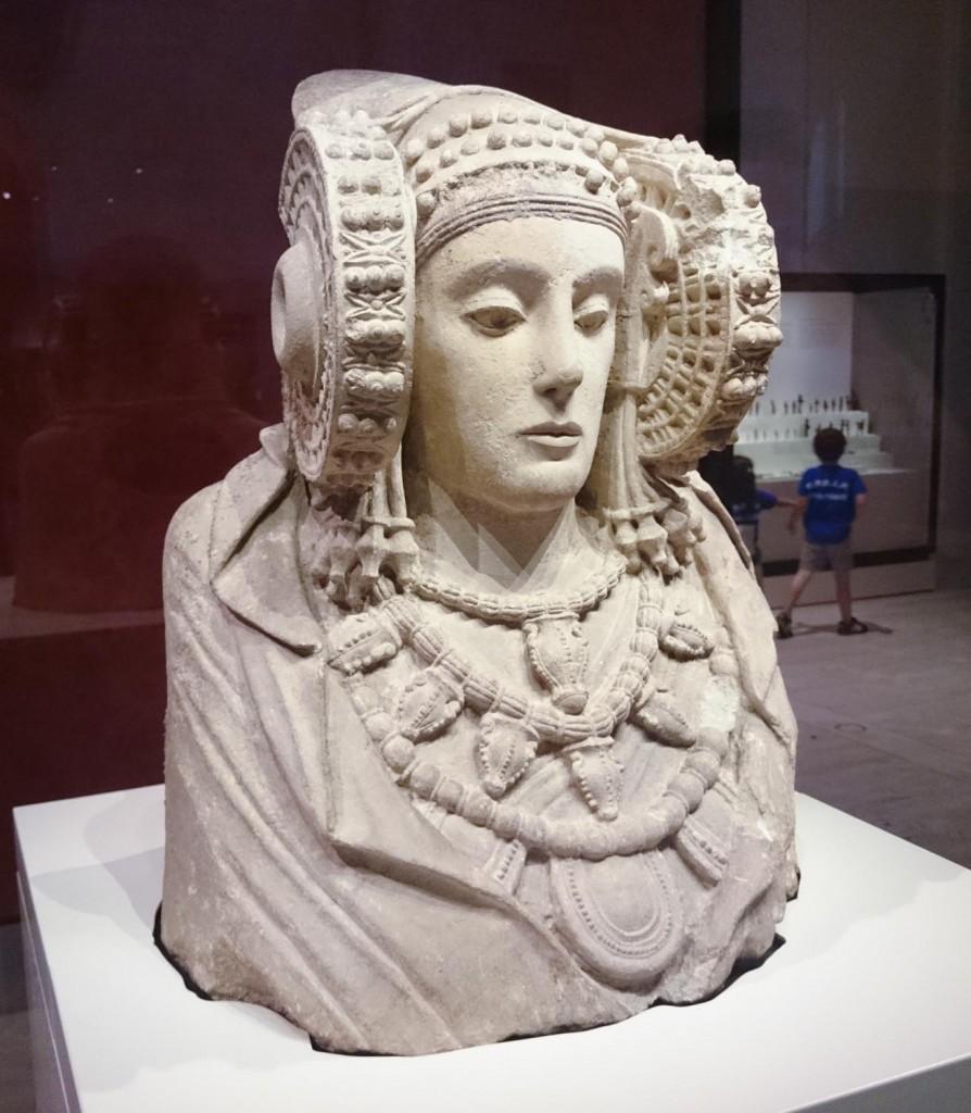 Sin duda la Dama de Elche es la obra cumbre del Museo