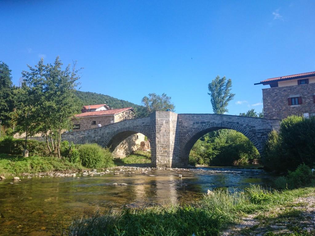 Puente medieval en Zubiri